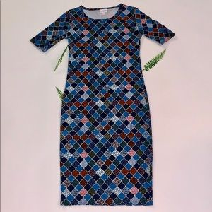 Women's Lularoe Julia dress